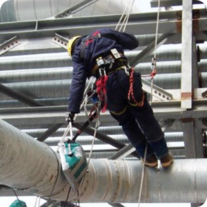 Acuren RTR on piping with rope access